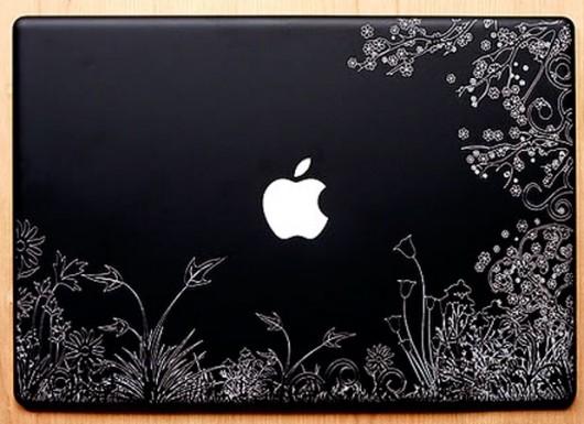 حک لیزر پشت لپ تاپ